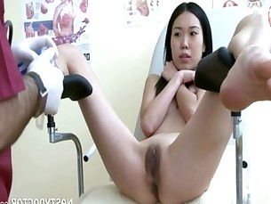 Japanese Teen Girls and her pervert gynecologist
