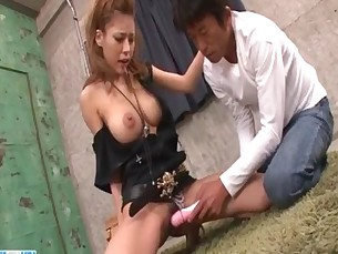 Haruka Sanada pleases several men with blowjob