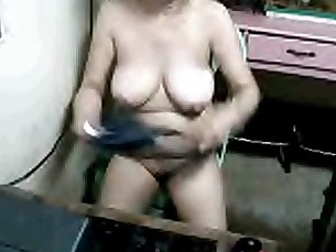 tia moon mature pinay