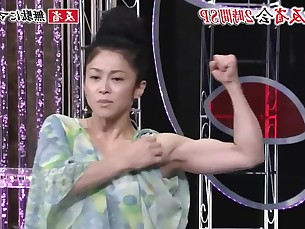 Japanese Actress has definitly nice biceps