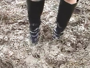 Wet and Messy Boots Scene 08